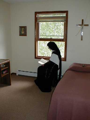 "Madre Tereza  Margarida: uma ""carmelita diferente"""