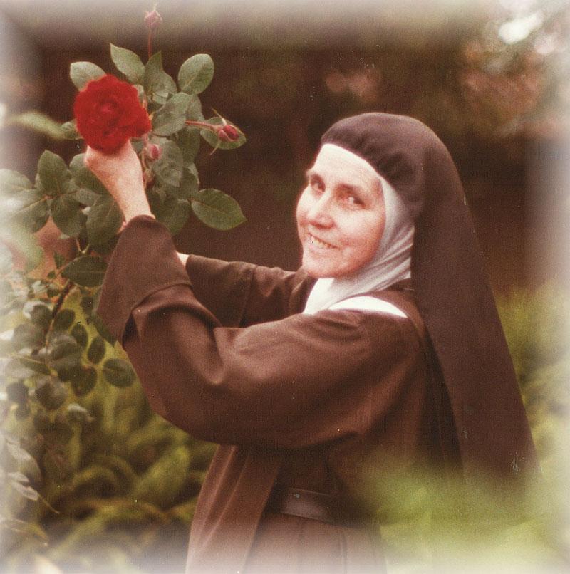 Ajude no Processo de Beatificação da Serva de Deus Me Tereza Margarida