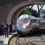"""Papa Francisco recebe """"O trem das crianças"""" no Vaticano"""