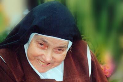 Novena pela Beatificação de Madre Tereza Margarida, de 05 a 13 de Novembro. Participe!