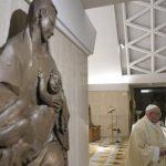 Papa: que o Advento não seja mundano, é o tempo para purificar a fé