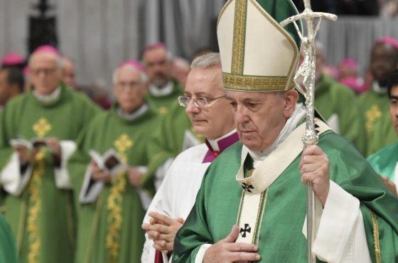 O Papa abre o Sínodo: por e com os irmãos na Amazônia, caminhemos juntos