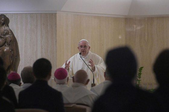 Francisco: guardar no coração quem nos acompanha no caminho da vida