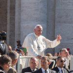 Papa Francisco: promover a sinodalidade, não um parlamento católico